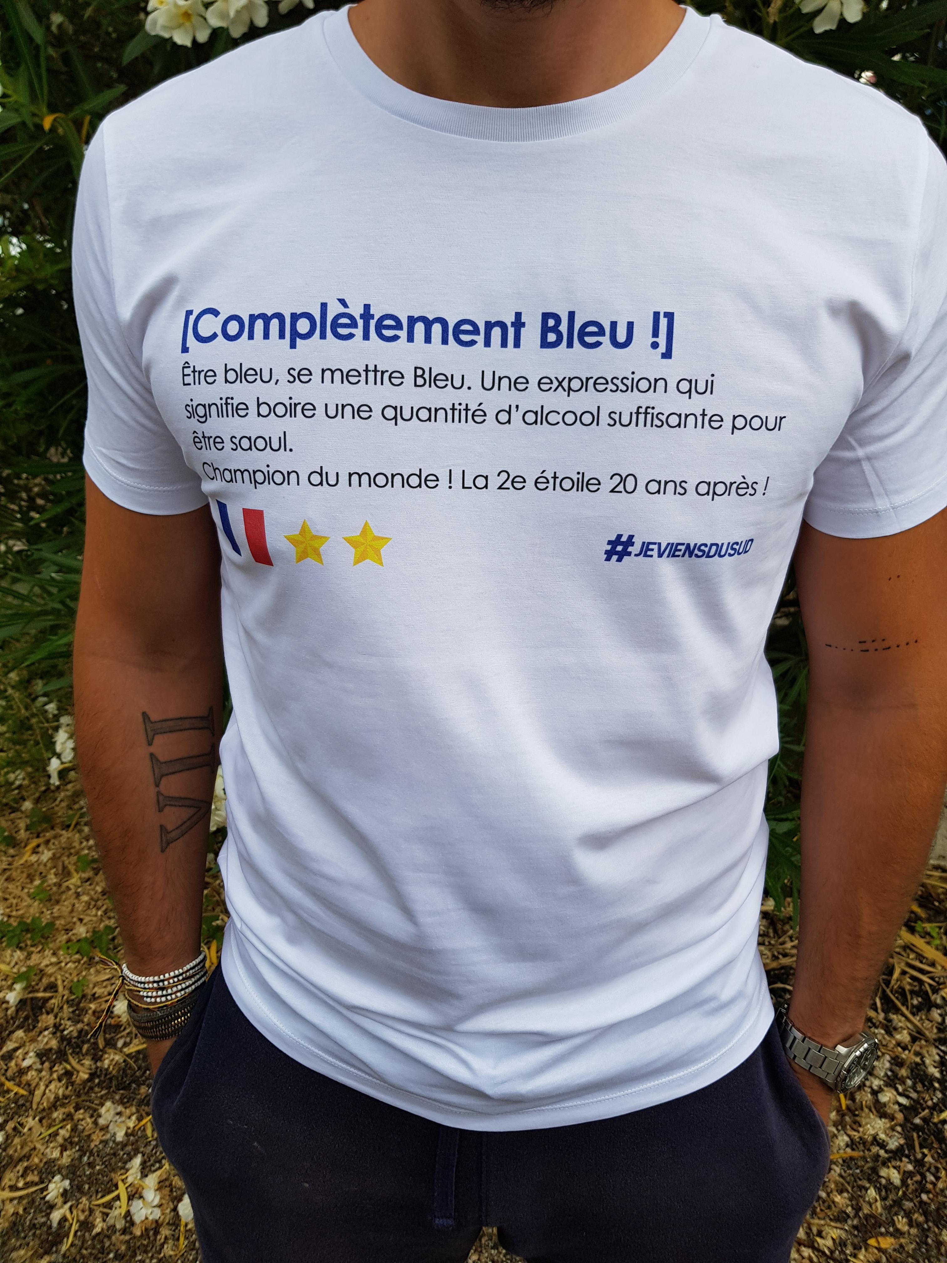 nouveau produit e2b07 06c10 T-shirt Complètement Bleu Champion du monde